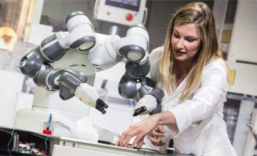 Yumi.robot.salesforce